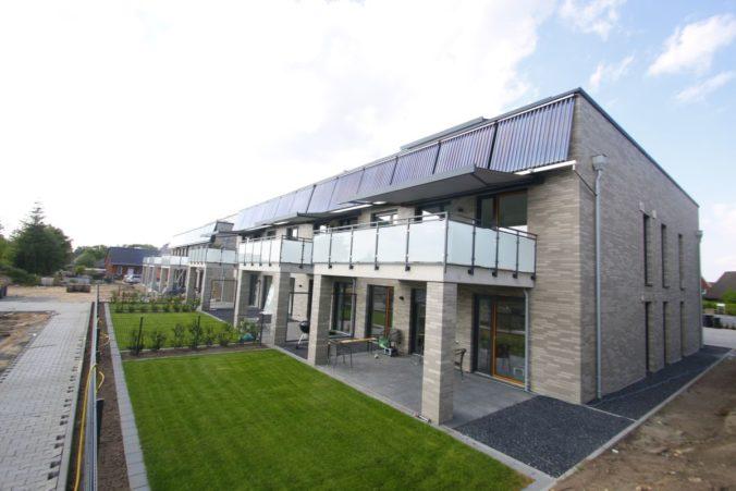 Das Sonnenhaus nach der Planung von Jörg Linnig in der Klimaschutzsiedlung Ibbenbühren ist nun bewohnt. Foto: Eukon