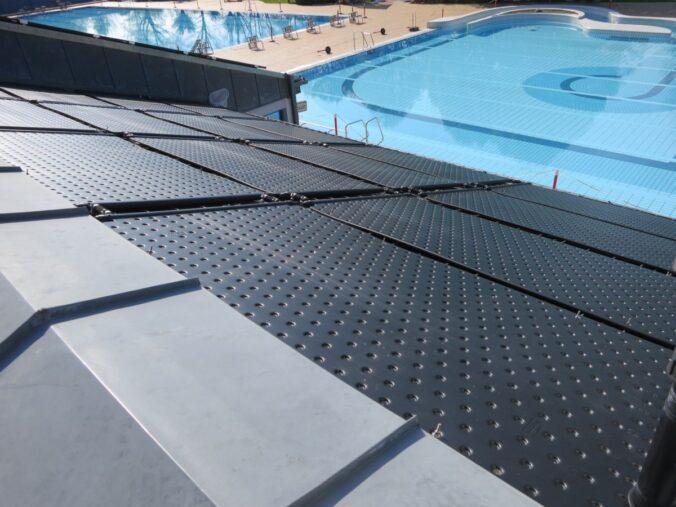 Schwimmbadabsorber Helipool hergestellt mit Blasformtechnik