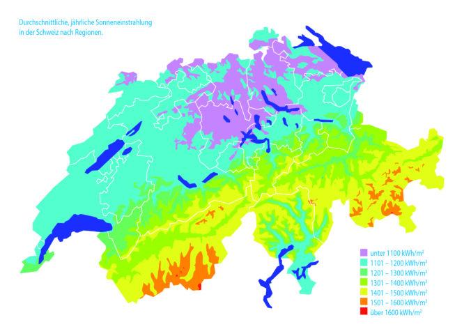 Zu sehen ist eine Karte der Sonneneneinstrahlung in der Schweiz.