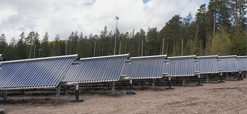 Zu sehen ist eine Solarthermie-Freiflächenanlage in Schluchsee.