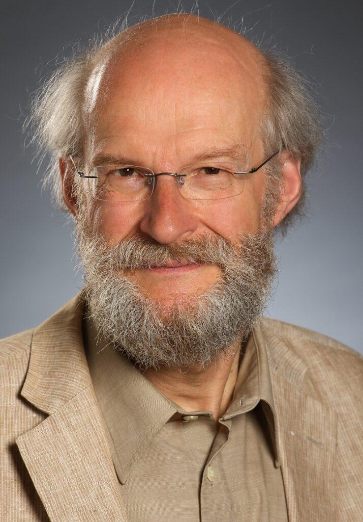 ZU sehen ist der Autor vom Ratgeber Heizung und Solarthermie
