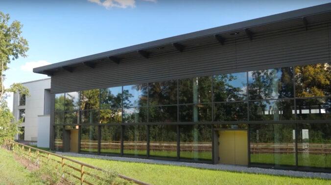 ZU sehen ist das Berufsschulzentrum Mühldorf am Inn.